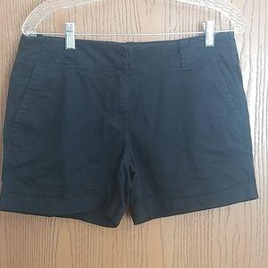 """Vineyard Vines Black Everyday 5"""" Shorts Size 6"""